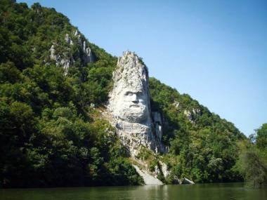Obiective turistice in apropiere de orasul Drobeta Turnu - Severin