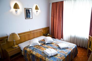 Cazare in orasul Targu - Mures Hotelul Black Lord