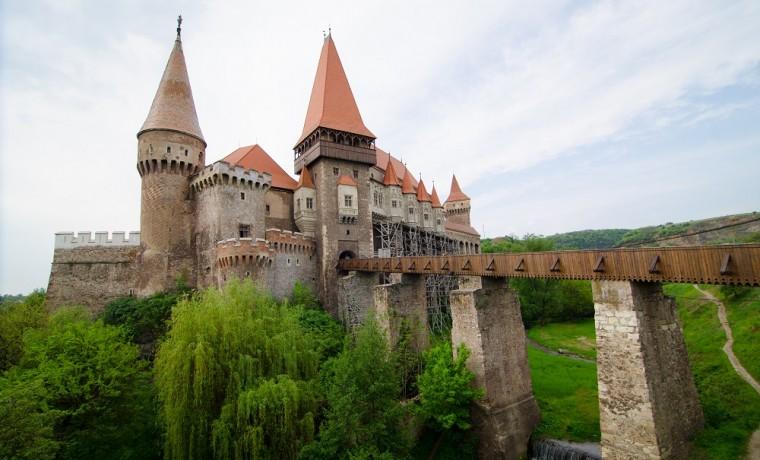 Castelul Huniazilor, foto Laurentiu Nica